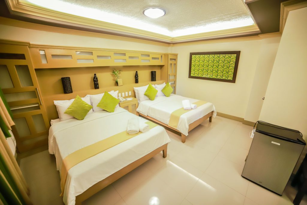 DELUXE ROOM PIC 1